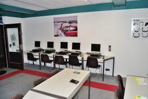 Fahrschule in Rees Millingen Schüler PCs