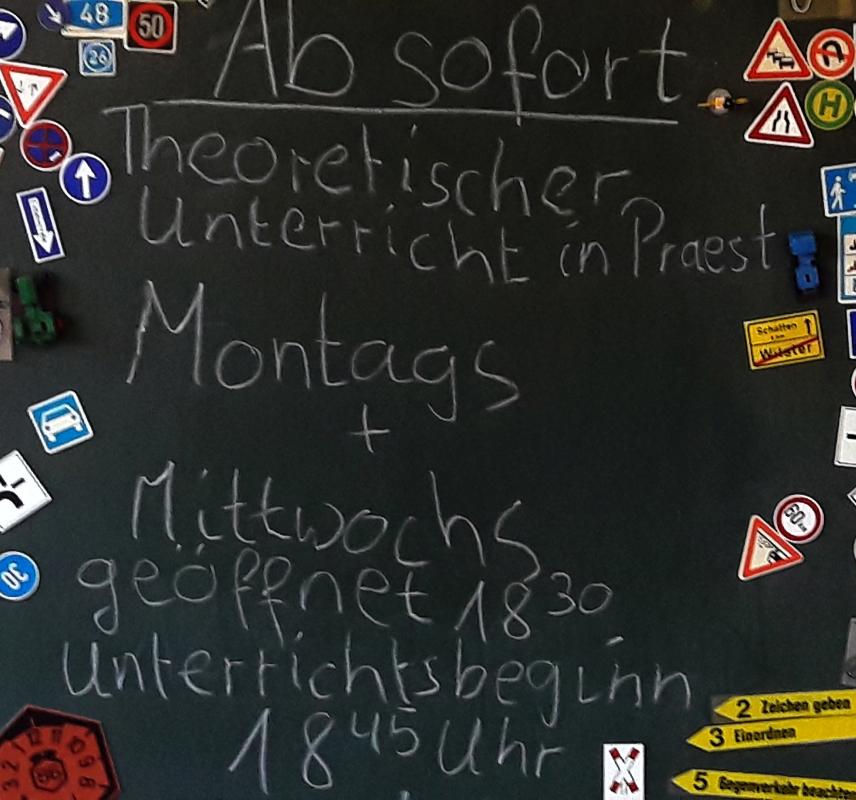 Fahrschule in Emmerich Praest - Theorie Unterricht